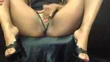 My 1st ever homemade porn video , pleasuring myself until I squirt