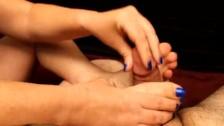 Arianna Blue Nail Footjob