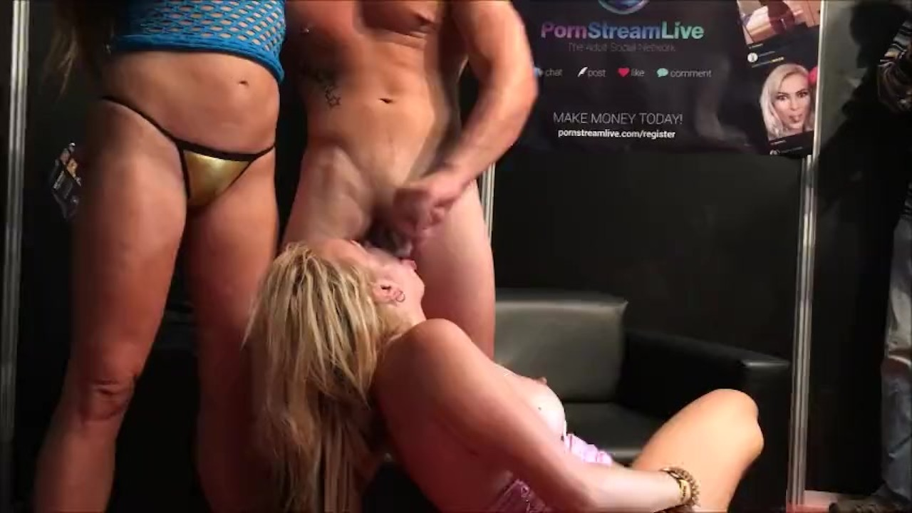 Ayesa First Dates Porno electra wild salon erotico de barcelona 2016