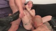 Photo de star du porno nu Cathy crown star du x belge baise avec le voleur de