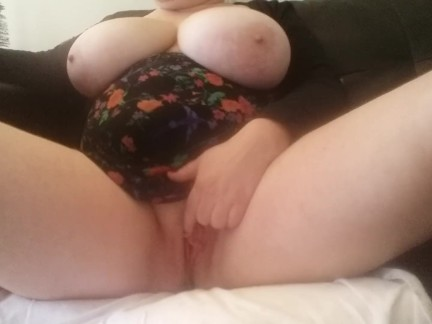 BigTits4BigCock Shows Huge Natural Tits + Plays with Vibrator and Dildo