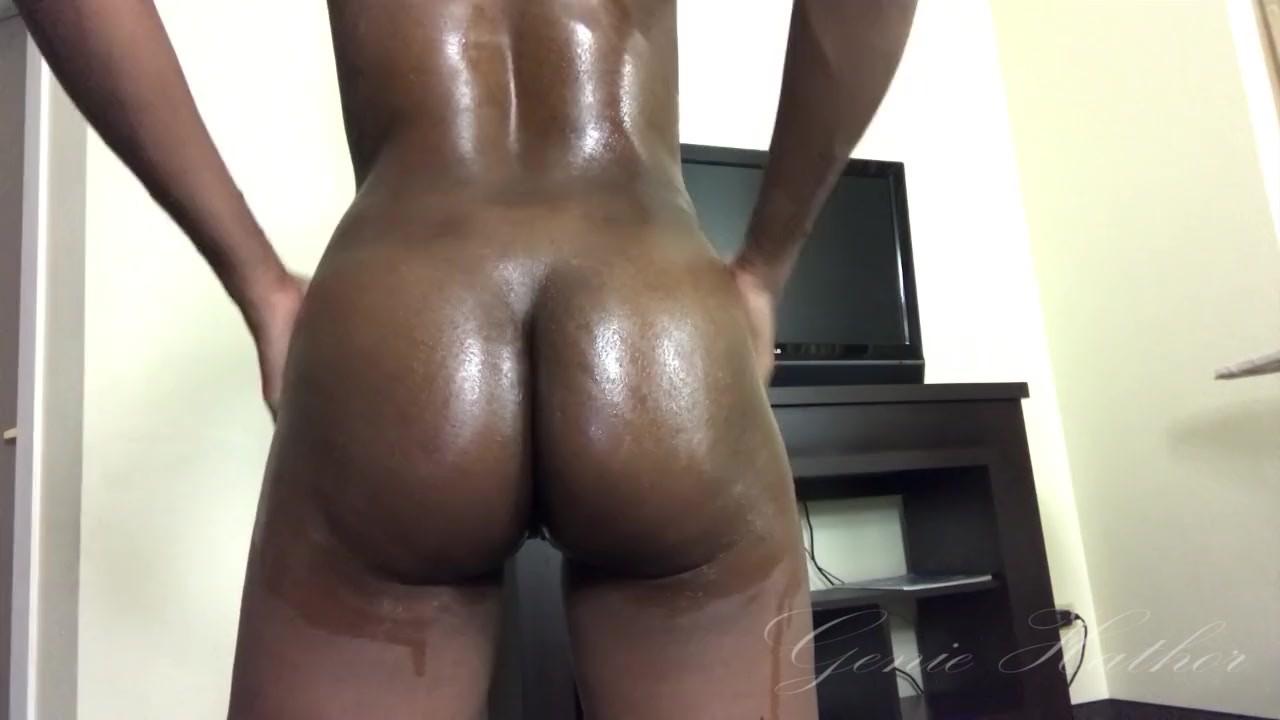 Sexy titties ebony naked ass shake