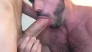 Gay website hosts Billy santoro hosts a hot grindr fuck