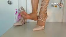 HandJoy * Goddess Hira's stunning foot tease + cumshot on sexy High Heels