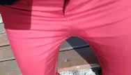 Janie piss jeans Pee on my new red jeans outdoor