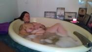 Female masturbation bubble bath - Bbw bubble-bath masturbation