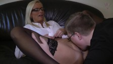 Young Trainee want this Job - Creampie the Boss!
