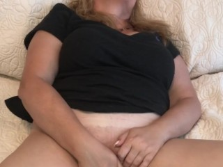 Watch Me Cum while Rubbing & Fingering my Wet Pussy – Naughty Homemade