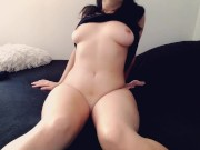 Solo girl touches herself and gives herself an orgasm in the morning
