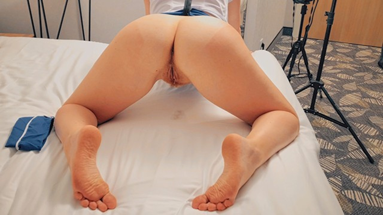 Redhead Stewardess Hairy Pussy Doggystyle Creampie Between -5751