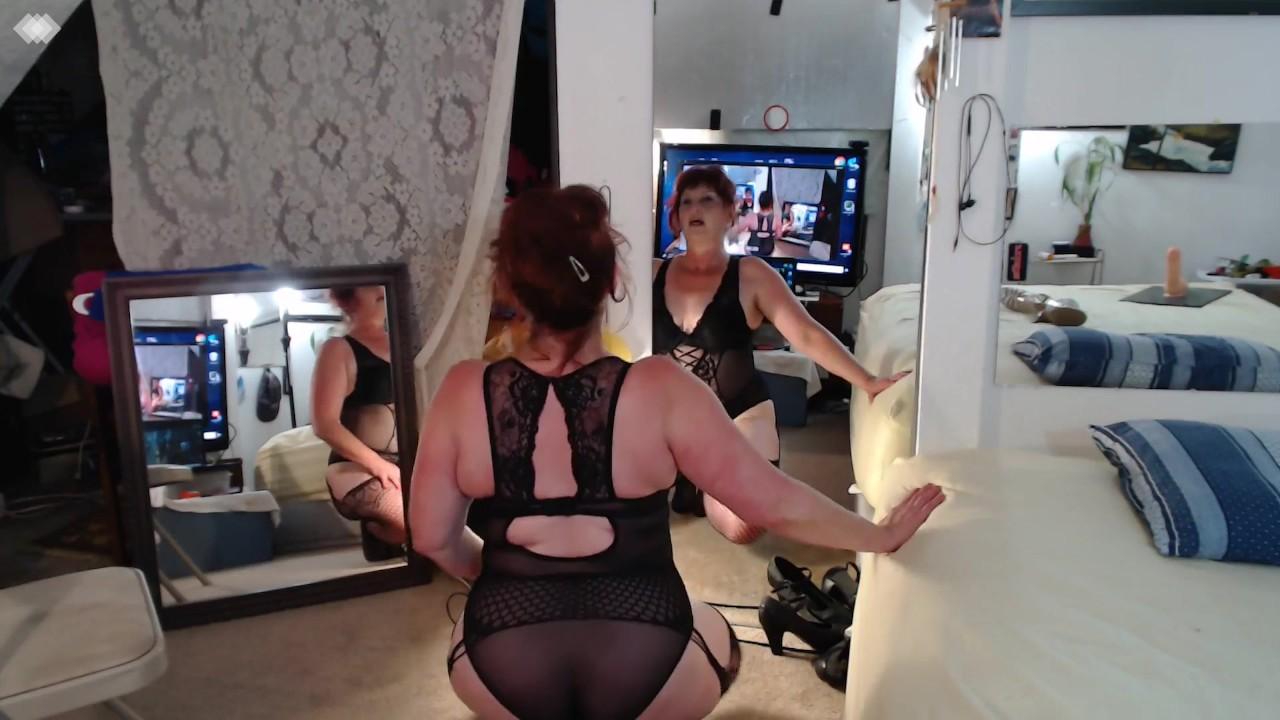 girls-talking-dirty-onvideo