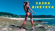 Naked sexy girls with big butts - Naked russian girl sasha bikeyeva dancing on the shore of the ocean 4k