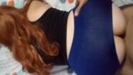Socially conscious redhead pants Comendo gostosa de yoga pants e gozando nela