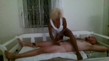 Ebony Masseuse happy ending handjob for unsuspecting client