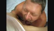Toni kalem naked Thaigirl missbraucht europäer zum urinieren