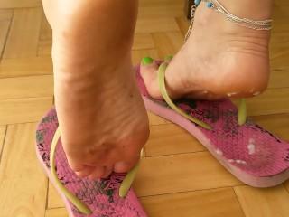 Dirty feet / Cum in dirty flip flops with cum play