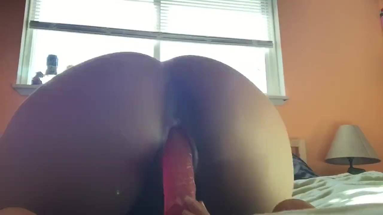 Ebony Webcam Dildo Ride