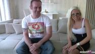Free tiny teen cumshots Geile teen büro nutte deutsch beim user fick treffen mit marco