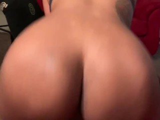 Fat ass working dick and gets cumshot
