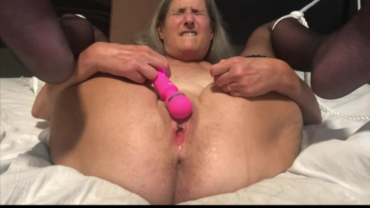 Old moms squirt 3
