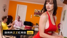 Brazzers - Milf big tit stepmom Lexi Luna fucks stepson