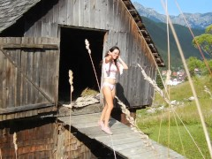 Great Double Penetration Fuck-a-thon In An Deprived Mountain Hut