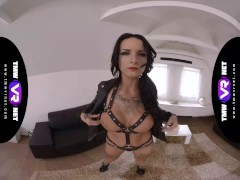 Tmwvrnet -barbie Esm- Fatal Bombshell Milks In Harness
