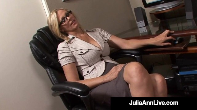 Busty Working Woman Julia Ann Sucks Her Office Mate s Hard Horny Cock!