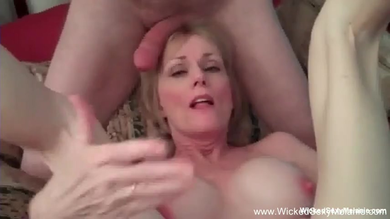 3some For Horny Amateur GILF Blonde
