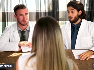 Mencom – Sexy hunk doctors Diego Sans Grant Ryan ass fuck and lick ass