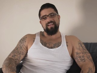 """Ryan's 2 biggest assets are his """"nice meaty cock"""" & his voice"""