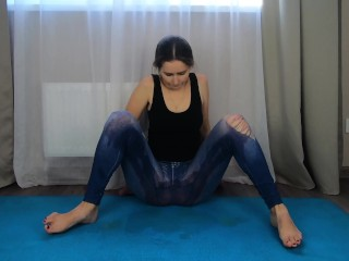 Amateur pissing milf, gymnastics peeing girls and squirt – CatherineRain