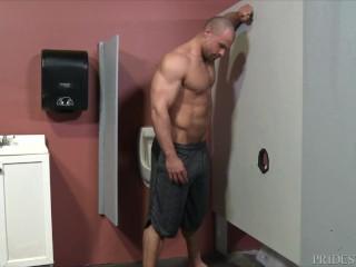 Muscle Hunk Fucks Through Bathroom Glory Hole MENOVER30