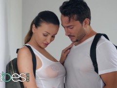 Babes - Yam-sized Jug Alyssia Kent Rails Until Facial