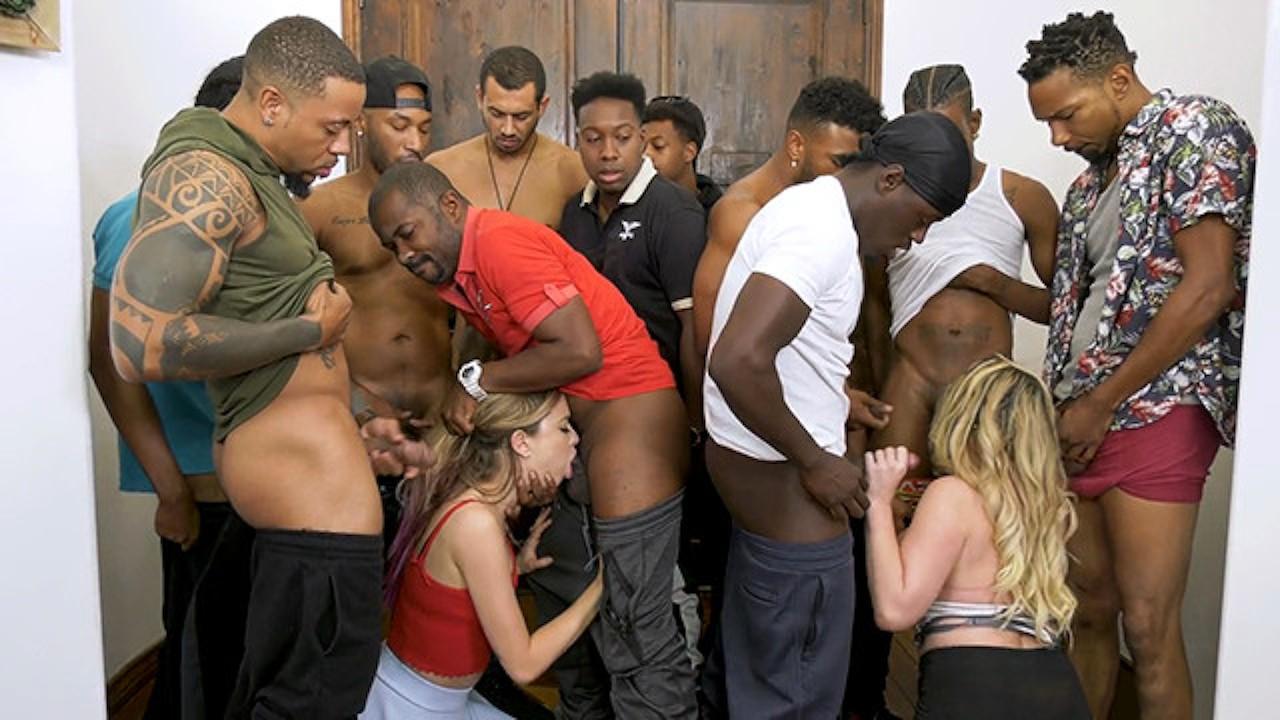 Teen fuck pornhub kiki apartment gang bang