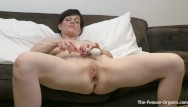Groaning with pleasure Milf bates fleshy pussy to two groaning pulsing orgasms