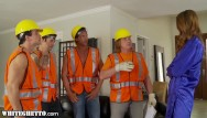 Alan valdez naked - Horny housewife gangbanged by construction workers -whiteghetto