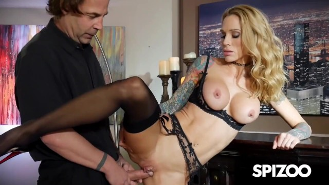 Slim Tattooed Blonde Sarah Jessie Fucks waiter's Big Cock - Spizoo