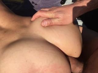 Sexo Anal e broche num parque Publico