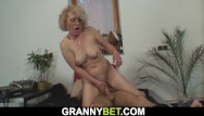 Mature women riding Lonely 60 years hot blonde sucks and rides strangers shaft