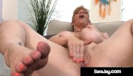 Mature white ass and feet Thick pawg milf sara jay rubs her curvy body masturbates her mature muff