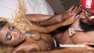 Ass black ghetto hoe thick Slim thick black gets pounding king gutt