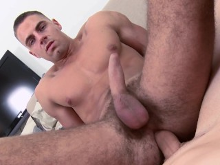 GAYWIRE – Bareback Gay Sex Casting Video With Fit Stud