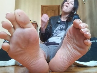 Sweaty stinky socks and soles. JOI.Countdown. Russ. accent – OlgaNovem