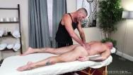 Gay massage and hong kong - Menover30 - sean duran gets a full body massage