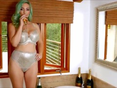 Busty Jelena Jensen Takes A Wine Tub And Delights Herself