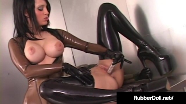 Latex Lesbian RubberDoll Pleases Fuck Friend January Seraph With Metal Toy!