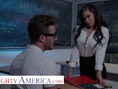 Naughty America - Gia Milana Trains Lucas How To Fast Fuck In Class