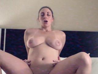 Horny MILF Fucks Room Service Boy in 90s Style Porn