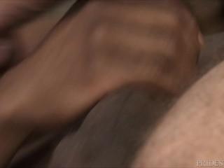 2 Muscle Hunks Share Pheonix Fellington's Huge Raw Dick